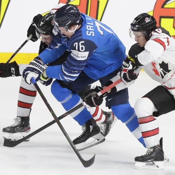 Le Finlandais Jere Sallinen, futur Biennois, en action lors du dernier Championnat du monde contre le Canada.