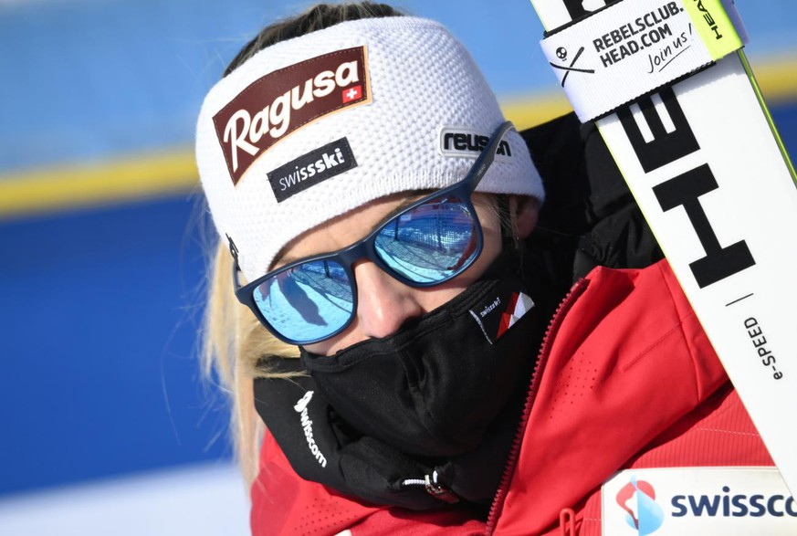 epa09003719 Lara Gut-Behrami of Switzerland reacts in the finish area during the Women's Super G race at the Alpine Skiing World Championships in Cortina d'Ampezzo, Italy, 11 February 2021. EPA/CHRISTIAN BRUNA
