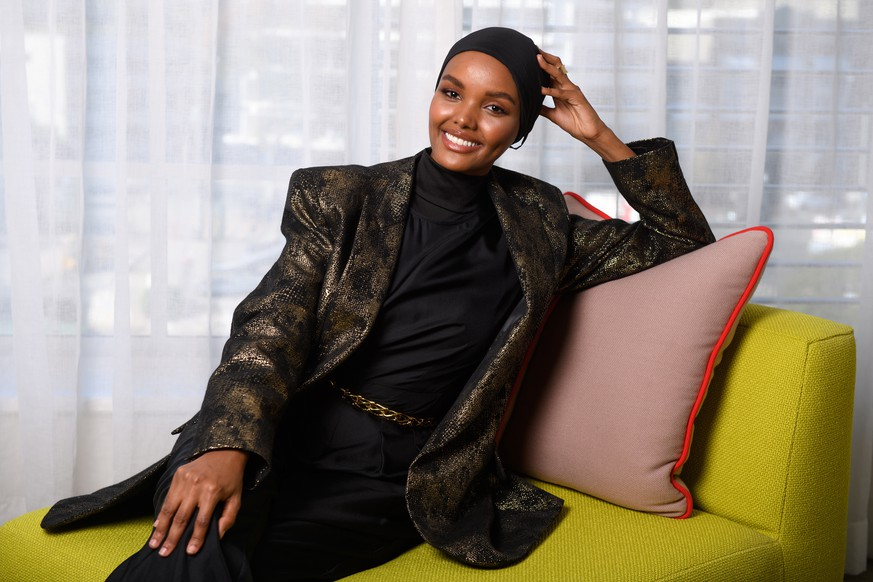 epa08845170 (FILE) - Somali-American model Halima Aden poses for a photograph during Mercedes-Benz Fashion Week Australia in Sydney, Australia, 16 May 2019 (Reissued 26 November 2020). Model Halima Aden announced that she is quitting runway modeling.  EPA/DAN HIMBRECHTS AUSTRALIA AND NEW ZEALAND OUT *** Local Caption *** 55196136