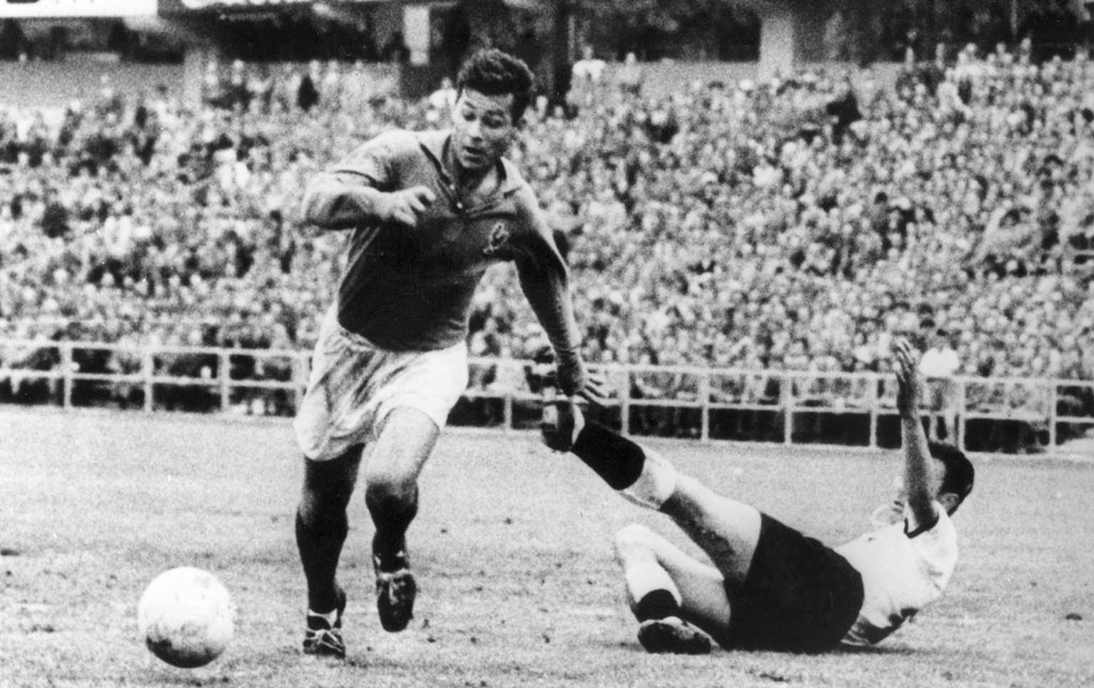 19 06 1958 Just Fontaine schiesst im Viertelfinal zwei seiner