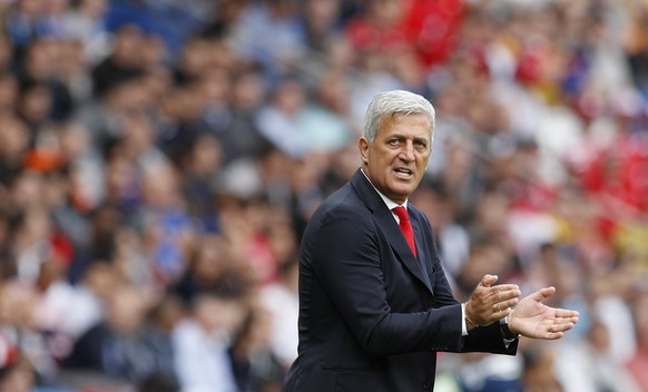 Football Soccer - Romania v Switzerland - EURO 2016 - Group A - Parc des Princes, Paris, France  - 15/6/16