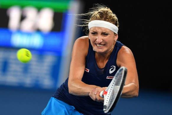 epa05738037 Timea Bacsinszky of Switzerland in action during her Women's Singles third round match against Daria Gavrilova of Australia at the Australian Open Grand Slam tennis tournament in Melbourne, Victoria, Australia, 21 January 2017.  EPA/JULIAN SMITH AUSTRALIA AND NEW ZEALAND OUT