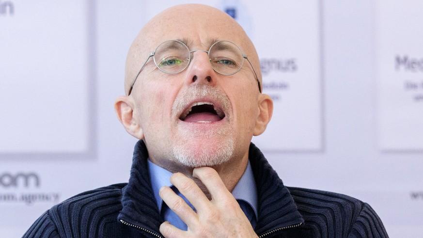 Italienischer Chirurg will etwas tun, das noch keiner gemacht hat ...