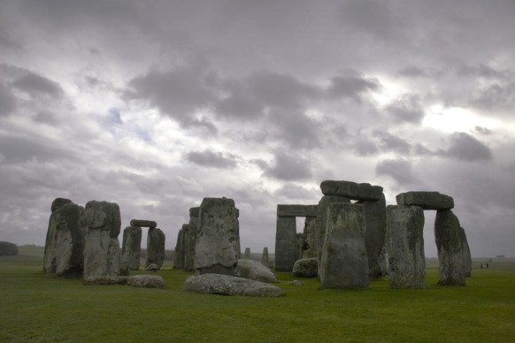 FOR YOUR ONE-TIME EXCLUSIVE USE ONLY AS A TIE-IN WITH THE NATIONAL GEOGRAPHIC ANNOUNCEMENT ON STONEHENGE. This photo provided by the National Geographic Society shows the Stonehenge monument, within Stonehenge World Heritage site in January 2007. Archaeological research in 2006 funded partly by National Geographic supports a theory that the monument was part of a much larger religious complex used for funerary ritual. (AP Photo/Magnum for National Geographic, Chris Steele Perkins)