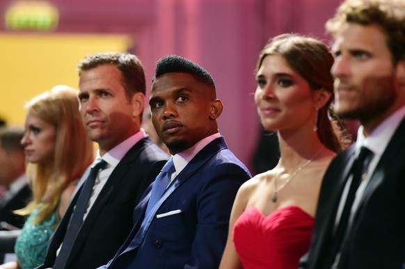 SAINT PETERSBURG, RUSSIA - JULY 25:  Draw assistant Oliver Bierhoff and Draw assistant Samuel Eto'o attend the Preliminary Draw of the 2018 FIFA World Cup in Russia at The Konstantin Palace on July 25, 2015 in Saint Petersburg, Russia.  (Photo by Shaun Botterill/Getty Images)