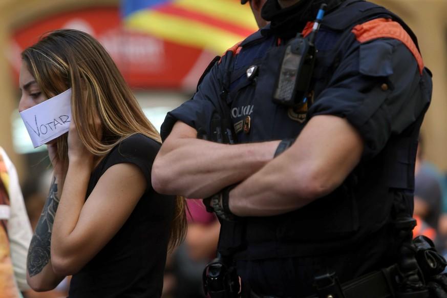 Spanische Behörden gehen gegen Wahllokale vor