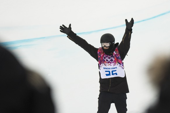 Iouri Podladtchikov of Switzerland reacts during the semifinal run of the men's snowboard halfpipe competition at the XXII Winter Olympics 2014 Sochi in Krasnaya Polyana, Russia, on Tuesday, February 11, 2014. (KEYSTONE/Jean-Christophe Bott)