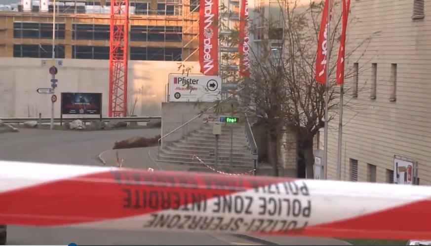 Aargauerin Erfand Bombendrohung Um Diebstahl Zu Vertuschen Watson