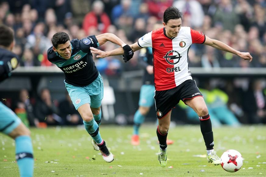 PSV-Keeper erzielt das dümmste Eigentor des Jahres