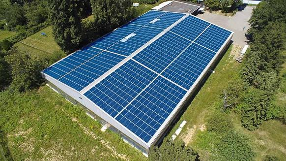 Künftig brauche es auf praktisch jedem Dach eine Photovoltaikanlage, sagt der Elcom-Präsident.