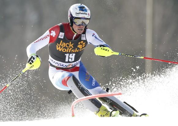 epa04663262 Daniel Yule of Switzerland clears a gate during the Alpine Ski World Cup's Slalom men in Kranjska Gora, Slovenia, 15 March 2015.  EPA/ANTONIO BAT