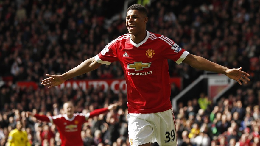 Football Soccer - Manchester United v Aston Villa - Barclays Premier League - Old Trafford - 16/4/16