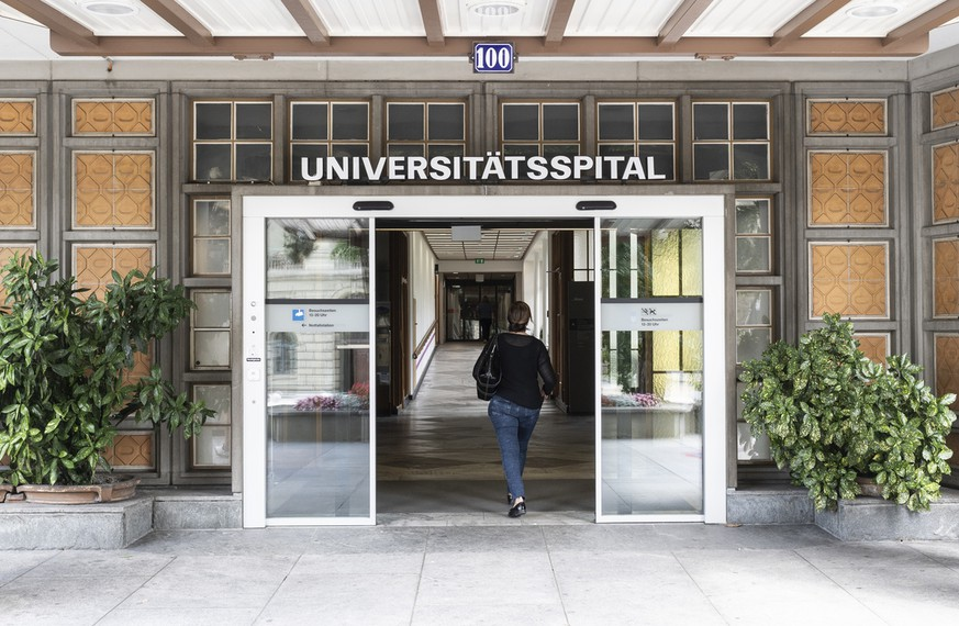 The entrance of the University Hospital Zurich, on Sunday, July 22, 2018, in Zurich, Switzerland. Chairman Sergio Marchionne, the CEO of carmaker Fiat Chrysler, was hospitalised at the University Hospital Zurich. Marchionne's health conditions after shoulder surgery prevented him from fulfilling his role as chairman. (KEYSTONE/Ennio Leanza)