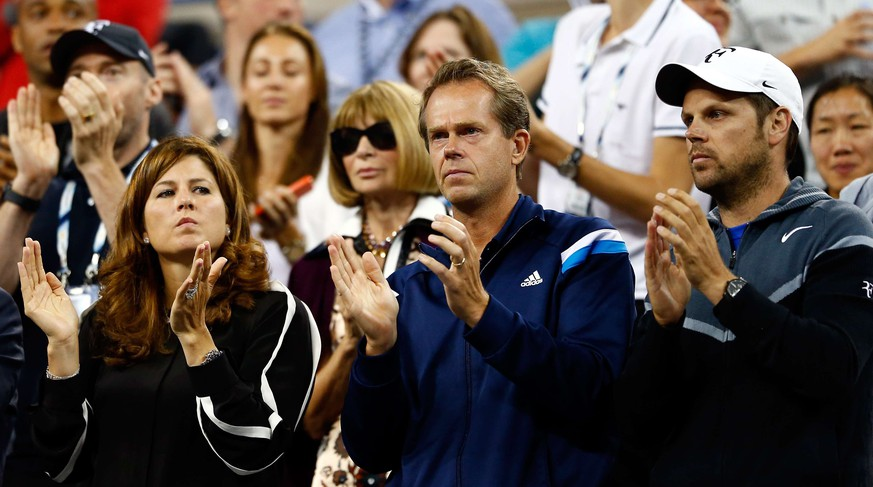 NEW YORK, NY - SEPTEMBER 04: Mirka Federer (2L) and Coach Stefan Edberg (2R) watch Roger Federer of Switzerland play against Gael Monfils of France during their men's singles quarterfinal match on Day Eleven of the 2014 US Open at the USTA Billie Jean King National Tennis Center on September 3, 2014 in the Flushing neighborhood of the Queens borough of New York City.   Julian Finney/Getty Images/AFP == FOR NEWSPAPERS, INTERNET, TELCOS & TELEVISION USE ONLY ==