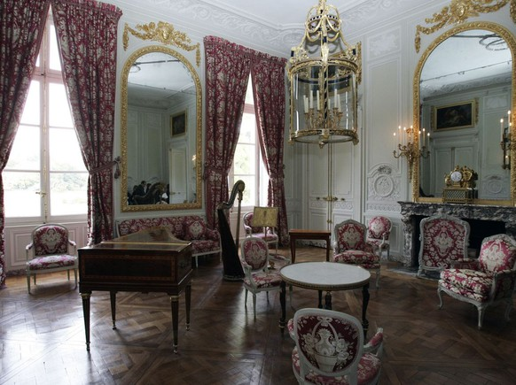 View of Marie Antoinette's sitting room in the chateau of Versailles' Petit Trianon, which was her refuge from the royalty, near the main castle in Versailles, Wednesday, Sept. 24, 2008 that reopens after a one-year, 5 millions euros (about US$ 7,332 millions)  renovation funded by Swiss watchmakers Breguet. (AP Photo/Francois Mori)