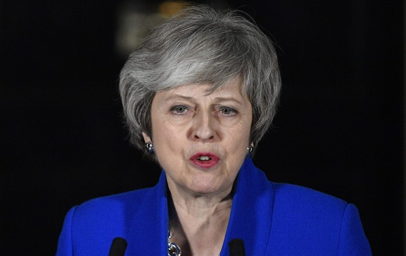 epa07291041 Britain's Prime Minister Theresa May makes a statement at Downing Street in London, Britain 16 January 2019. She won a Vote of no confidence in the government brought about by Leader of the Opposition Jeremy Corbyn after she lost the parliamentary vote on the EU withdrawal agreement.  EPA/NEIL HALL