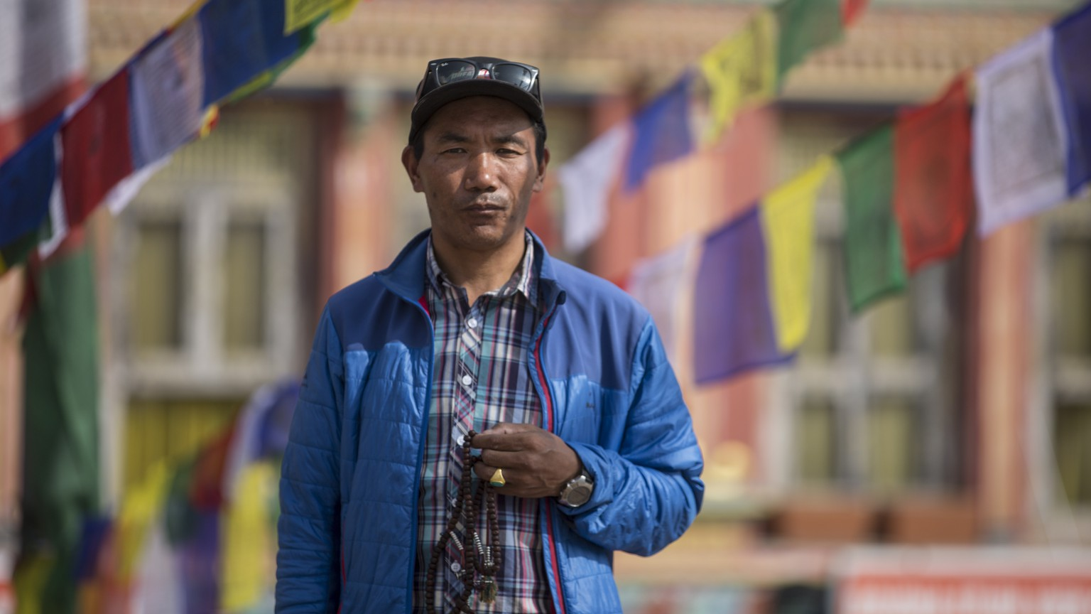epa07514990 Nepalese 49-year-old veteran mountaineer Kami Rita Sherpa prays at Bauddhanath Stupa before he leaves for the Everest summit in Kathmandu, Nepal, 10 April 2019 (issued 19 April 2019). Kami Rita, a professional mountaineer guide has successfully climbed Mount Everest for the 22nd time in May 2018 and will attempt a world record by climbing Mount Everest for the 23nd time this season.  EPA/NARENDRA SHRESTHA To go with EFE story.