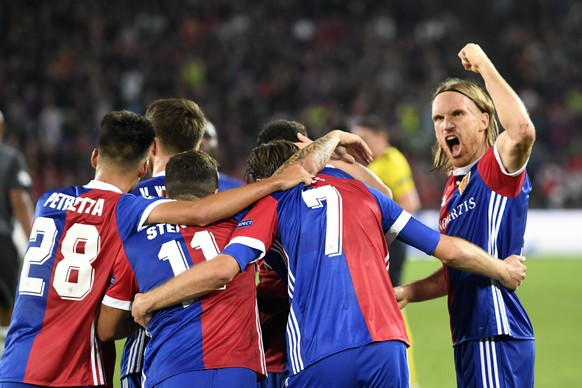 Basel's players cheer after scoring during an UEFA Champions League Group stage Group A matchday 2 soccer match between Switzerland's FC Basel 1893 and Portugal's SL Benfica in the St. Jakob-Park stadium in Basel, Switzerland, on Wednesday, September 27, 2017. (KEYSTONE/Georgios Kefalas)