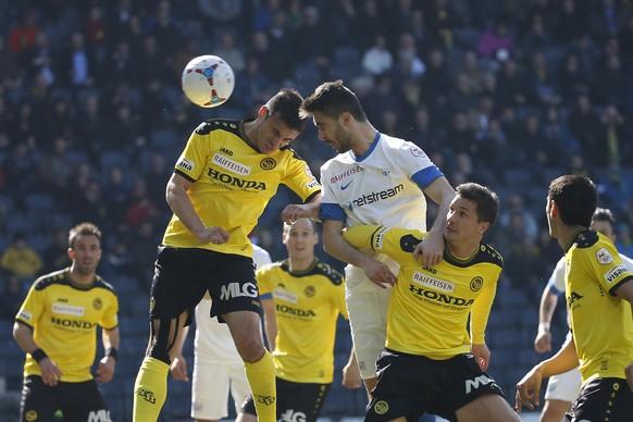 09.03.2014; Bern; Fussball - Super League Young Boys - FC Zuerich; Milan Gajic (YB) gegen Ivan Kecojevic (Zuerich.R)  (Andreas Meier/freshfocus)