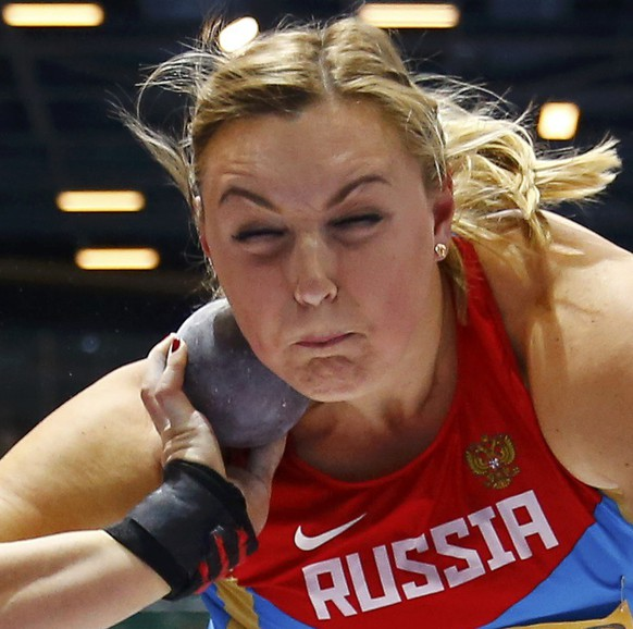 Evgeniia Kolodko of Russia competes during the women's shot put final at the world indoor athletics championships at the ERGO Arena in Sopot March 8, 2014.                    REUTERS/Kai Pfaffenbach (POLAND  - Tags: SPORT ATHLETICS)