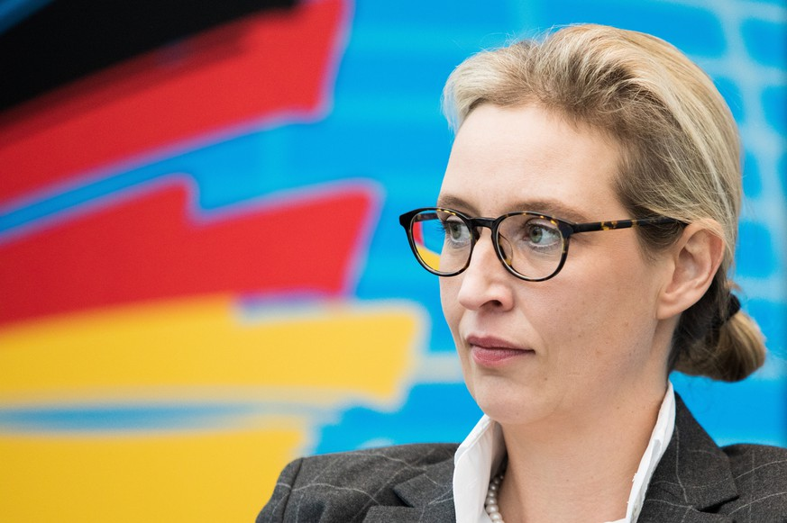 epa07179986 Alice Weidel, the co-chair of the right-wing populist Alternative for Germany (AfD) party faction in the German 'Bundestag' parliament, attends a faction meeting at the German parliament, in Berlin, Germany, 19 November 2018 (issued 20 November 2018). Local media reports indicate that the Public Prosecutor's Office will initiate an investigation against Weidel, regarding dubious election campaign donations from a source in Switzerland. Weidel is rejecting any allegations of wrongdoing.  EPA/OMER MESSINGER