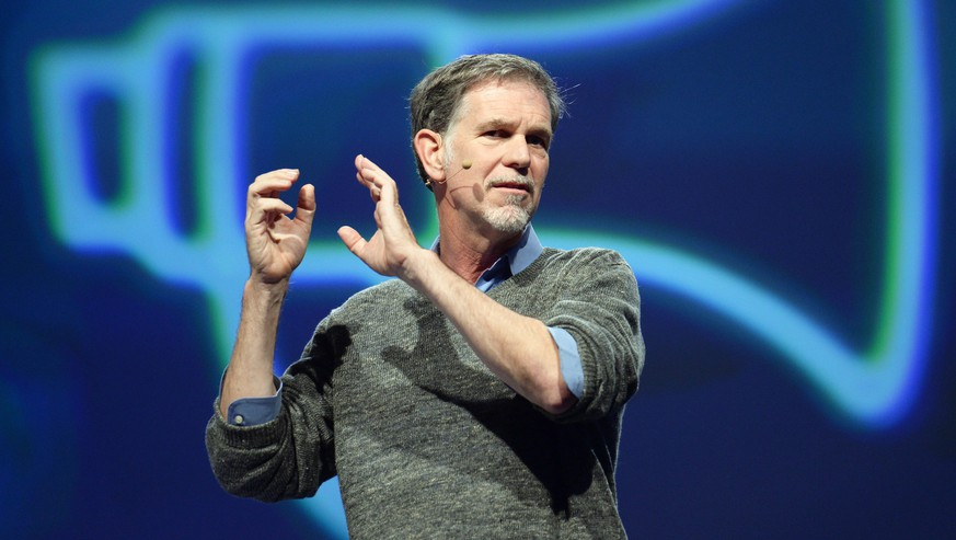 epa04734222 Netflix CEO Reed Hastings dellivers a speech at the Re:publica Internet conference in Berlin, Germany, 05 May 2015. The media convention organized with the slogan 'finding europe' takes place from 05 to 07 May 2015 in Berlin.  EPA/BRITTA PEDERSEN