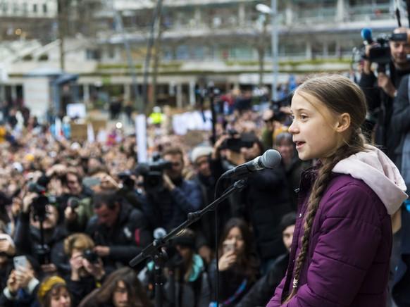 """Greta Thunberg kritisierte bei ihrer kurzen Rede die Tatenlosigkeit von Regierungen und Politikern. """"Es gibt keine Anzeichen von Massnahmen. Das muss sich ändern"""", sagte sie."""