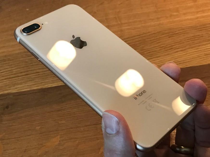 iphone 8 und 8 plus im test apple handys auf speed watson. Black Bedroom Furniture Sets. Home Design Ideas