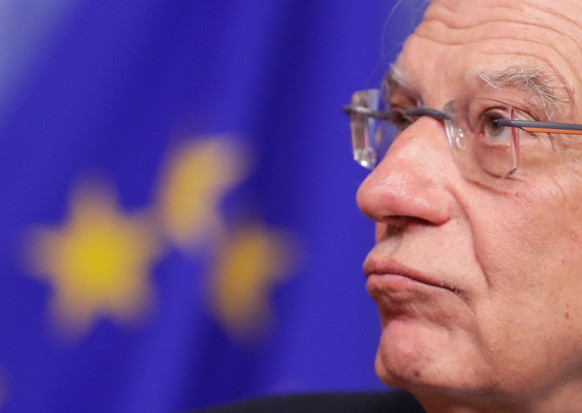 epa08111706 High Representative of the European Union for Foreign Affairs and Security Policy Josep Borrell reacts during a press conference at the end of the weekly college meeting of the European Commission in Brussels, Belgium, 08 January 2020. The Commission met to discuss the outreach to different stakeholders related to developments in Iraq at a time of severe tensions in the region.  EPA/STEPHANIE LECOCQ