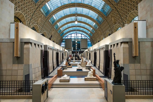 epa08251497 General view the 'Grande Galerie' of the Orsay Museum in Paris, France, 27 February 2020. The museum is housed in the former Gare d'Orsay railway station and holds mainly French art from the 19th century including paintings, sculptures and photography.  EPA/CHRISTOPHE PETIT TESSON