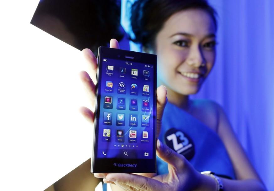 Verbot für WhatsApp? Blackberry klagt