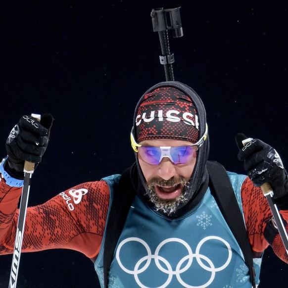 epa06514898 Benjamin Weger of Switzerland reacts during the men Biathlon 10 km sprint at the Alpensia Cross Country Centre during the PyeongChang 2018 Olympic Games, South Korea, 11 February 2018.  EPA/JEAN-CHRISTOPHE BOTT