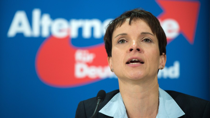 epa05135908 (FILE) A file picture dated 09 October 2015 shows Frauke Petry, Speaker of the right-wing populist political party Alternative for Germany (AfD, Alternative fuer Deutschland), speaking about refugee and migration policies during a press conference in Berlin, Germany. The head of the anti-migrant AfD party, Frauke Petry, told local media on 30 January 2016, that border security officials should use their guns to fire at migrants who try to enter the country illegally. 'We need comprehensive controls so that there are no longer so many unregistered migrants entering via Austria,' Petry told the newspaper Mannheimer Morgen. Police officers must prevent illegal immigration, 'making use of their guns as a last resort. Just as the law says.' Petry's comments have attracted criticism from the center-left and pro-migrant parties. Nonetheless, her party's increasingly radical stance on the migrant crisis has proven popular among many voters dismayed by Germany's chaotic handling of the huge influx in arrivals, which saw 1.1 million asylum seekers enter Germany last year.  EPA/BERND VON JUTRCZENKA