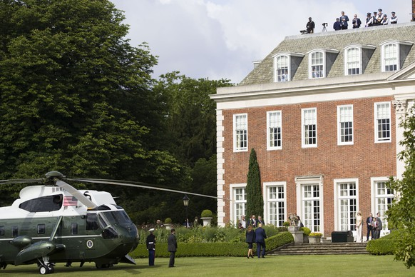 President Donald Trump and first lady Melania Trump arrive at Winfield House, the residence of the US Ambassador, in London, Monday, June 3, 2019 at the start of a three day state visit to Britain. (AP Photo/Alex Brandon)