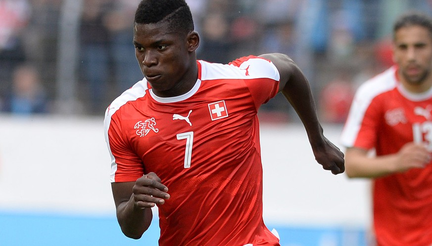 Swiss Breel Embolo in action during an international friendly test match between the national soccer teams of Switzerland and Moldova, at the Cornaredo stadium, in Lugano, Switzerland, Friday, June 3, 2016. Switzerland national soccer team prepares for the UEFA Euro 2016 that will take place from June 10 to July 10, 2016 in France. (KEYSTONE/Ti-Press/Samuel Golay)