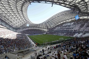 A general view is seen of the new Velodrome Stadium during Olympique Marseille's French Ligue 1 soccer match against Montpellier in Marseille, August 17, 2014.    REUTERS/Philippe Laurenson (FRANCE - Tags: SPORT SOCCER)