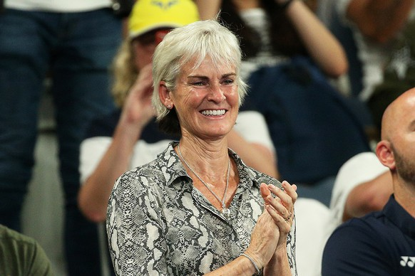 epa07282565 Judy Murray, mother of Britain's Andy Murray, applauds as she attends the first round match between Roberto Bautista Agut of Spain and Murray at the Australian Open tennis tournament in Melbourne, Australia, 14 January 2019.  EPA/HAMISH BLAIR AUSTRALIA AND NEW ZEALAND OUT