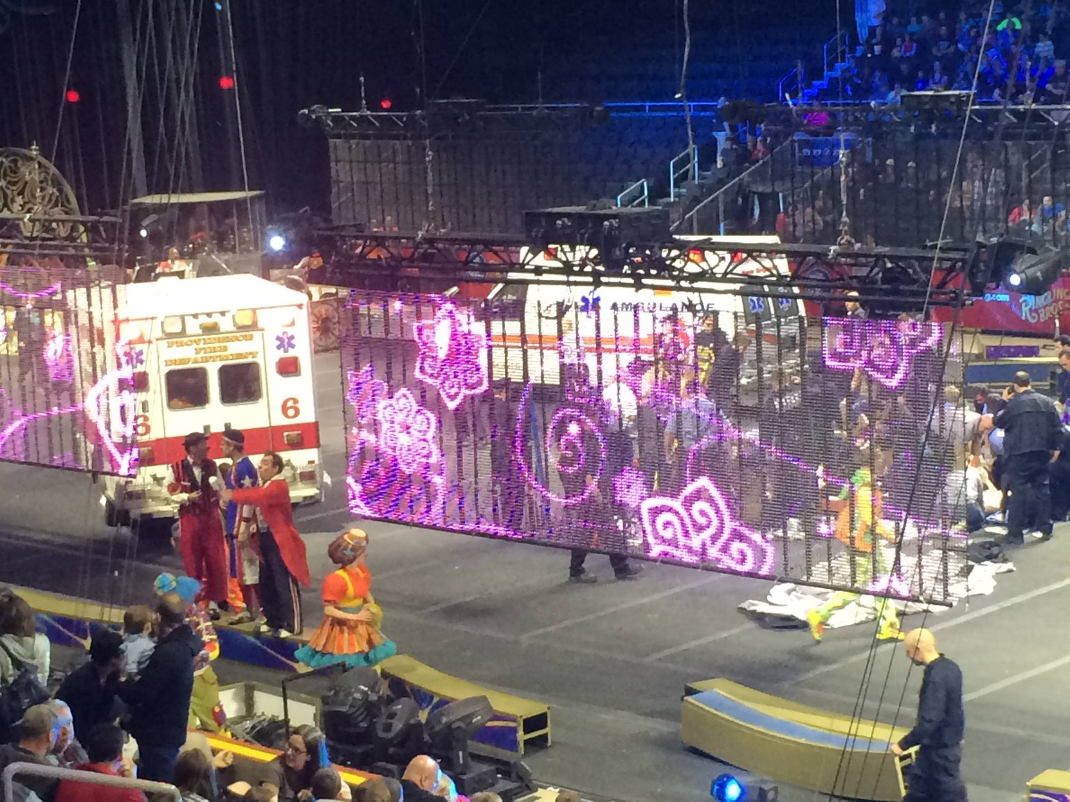 Emergency personnel attend to Ringling Bros. and Barnum & Bailey Circus performers who were injured when the scaffolding they were performing from collapsed in Providence, Rhode Island, May 4, 2014. A scaffolding collapsed during a circus performance injuring as many as 20 performers, nine of them critically, the Providence Fire Department said.  REUTERS/Aletha Wood  (UNITED STATES - Tags: DISASTER SOCIETY ENTERTAINMENT TPX IMAGES OF THE DAY)