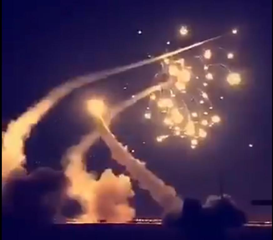 Saudi-Arabien fängt Rakete über der Hauptstadt Riad ab