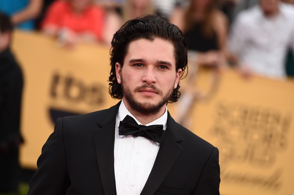 Kit Harington arrives at the 21st annual Screen Actors Guild Awards at the Shrine Auditorium on Sunday, Jan. 25, 2015, in Los Angeles. (Photo by Jordan Strauss/Invision/AP)