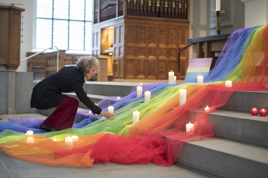 Corine Mauch, Mayor of Zurich, hold a vigil for those killed and wounded in the Sunday June 12, mass shooting at a gay nightclub in Orlando, at a church in Zuerich, Switzerland, Monday, June 13, 2016. The vigil was held for victims of the nightclub shooting which killed at least 50 people and was the deadliest U.S. mass shooting to date. (KEYSTONE/Ennio Leanza)