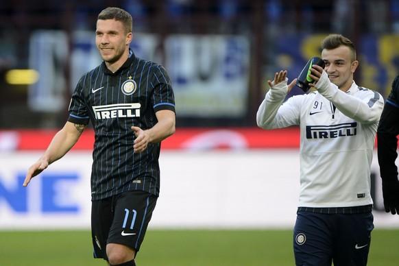 11.01.2015; Mailand; Fussball Serie A - Inter Mailand - Genua; Lukas Podolski und Xherdan Shaqiri (Inter)  (Giuseppe Celeste/Insidefoto/freshfocus)