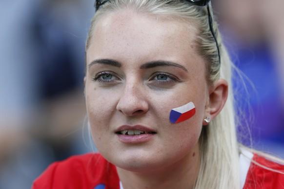 Football Soccer - Czech Republic v Croatia - EURO 2016 - Group D - Stade Geoffroy-Guichard, Saint-Étienne, France - 17/6/16 Czech Republic fan before the match REUTERS/Robert Pratta Livepic