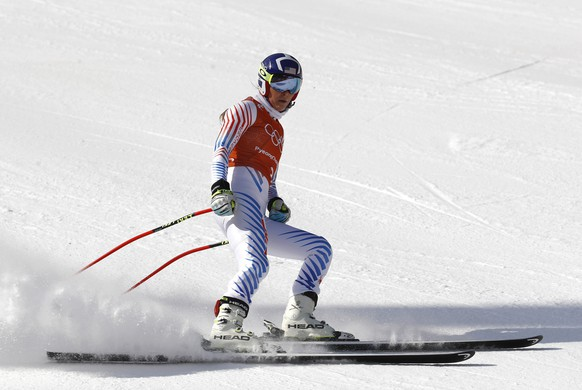 Lindsey Vonn, of the United States, skis during a ladies' downhill training session at the 2018 Winter Olympics in Jeongseon, South Korea, Sunday, Feb. 18, 2018. (AP Photo/Patrick Semansky)