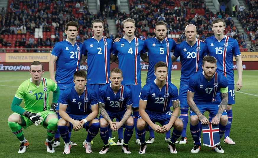 Football Soccer - Greece v Iceland - International Friendly - Georgios Karaiskakis stadium, Athens, Greece - 29/03/16 Iceland's players pose for a picture before the match. To match Feature SOCCER-EURO-ICE/   REUTERS/Alkis Konstantinidis/File Photo