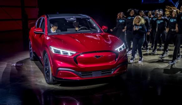 Mustang wird zur grauen Maus (und weitere grauenhafte Relaunches der Auto-Geschichte)