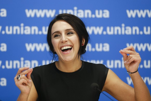 epa05181916 Ukrainian singer Jamala answers questions of journalists during her press conference in Kiev, Ukraine, 26 February 2016. The singer Susana Jamaladinova, who is of Crimean Tatar descent and better known under the stage name Jamala, will represent Ukraine at the ESC that consists of two semi-finals, to be held on 10 and 12 May, and a grand final taking place at the Ericsson Globe in Stockholm on 14 May.  EPA/SERGEY DOLZHENKO
