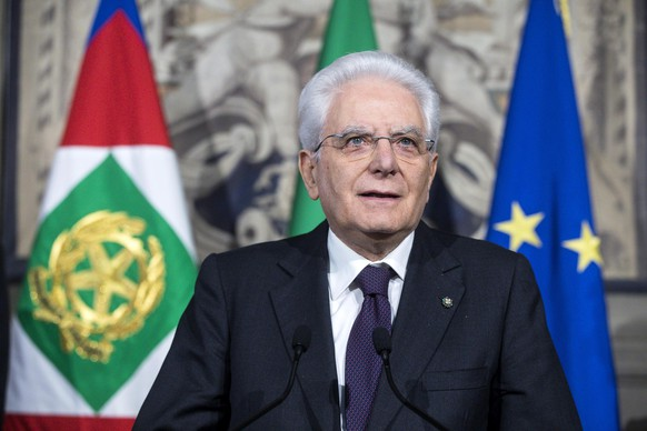 epa06717266 Italian President Sergio Mattarella adresses the media at the end of his meeting with the Italian parties at the Quirinal Palace during the third round of formal political consultations following the general elections, in Rome, Italy, 07 May 2018. Italian President Sergio Mattarella is holding a round of formal political consultations following the 04 March general election in order to make a decision on to whom to give a mandate to form a new government.  EPA/ANGELO CARCONI