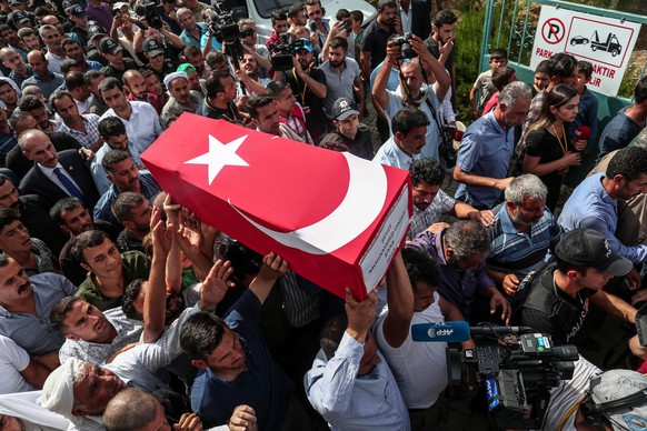 epa07912765 People carry the coffin of nine-month-old child Mohammed Omar, who killed in a mortar attack a day earlier in Akcakale near northern Syria, during funeral ceremony in Akcakale district in Sanliurfa, Turkey, 11 October 2019. Turkey has launched an offensive targeting Kurdish forces in north-eastern Syria, days after the US withdrew troops from the area.  EPA/SEDAT SUNA