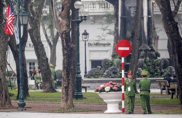 epa07400291 Security personnel stand guard in front of Sofitel Legend Metropole Hanoi hotel, where the US President and the North Korean leader are expected to meet for the second US-North Korea summit, in Hanoi, Vietnam, 27 February 2019. The second meeting of the US President Trump and the North Korean leader Kim, running from 27 to 28 February 2019, focuses on furthering steps towards achieving peace and complete denuclearization of the Korean peninsula.  EPA/WALLACE WOON